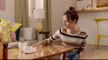 Pledge Beautify It TV Spot, 'Coffee Ring' - Thumbnail 6