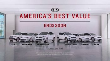 Kia America's Best Value 4th of July Event TV Spot, 'Balloons: Who Needs Them?' [T1] - Thumbnail 7