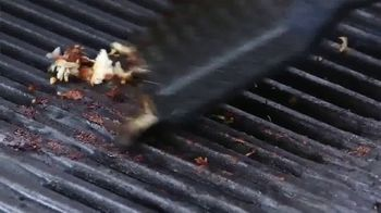 Yoshi Copper Grill Mat TV Spot, 'Great Grilled Flavor' - Thumbnail 3