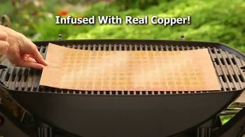 Yoshi Copper Grill Mat TV Spot, 'Great Grilled Flavor' - Thumbnail 4