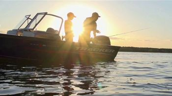Bass Pro Shops Star Spangled Summer Sale TV Spot, 'Gift Card and Boats' - Thumbnail 1