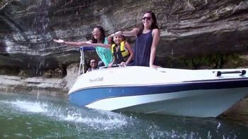 Bass Pro Shops Star Spangled Summer Sale TV Spot, 'Gift Card and Boats' - Thumbnail 7