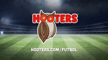 Hooters TV Spot, 'Buddies Cup' [Spanish] - Thumbnail 10