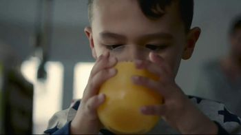 Minute Maid TV Spot, 'Good Pour' - Thumbnail 7