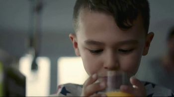 Minute Maid TV Spot, 'Good Pour' - Thumbnail 8