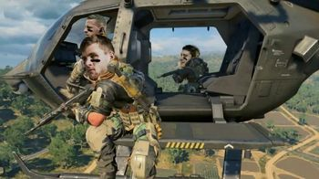 Call of Duty: Black Ops IIII TV Spot, 'Watt Is Going On?' Featuring J. J. Watt, T. J. Watt, Derek Watt, Song by Trick Daddy, Big D, Twista - Thumbnail 7