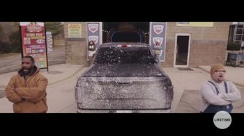 Truck Hero TV Spot, 'At the Car Wash: Powerfully Protective Truck Bed Covers' - Thumbnail 4