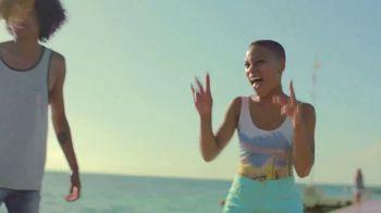 Venus TV Spot, 'Mi piel a mi manera' [Spanish] - Thumbnail 6