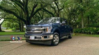 2018 Ford F-150 TV Spot, 'Pickup Trucks and Texas' Featuring J.J. Watt [T2] - Thumbnail 8