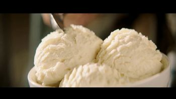 H-E-B Creamy Creations Ice Cream TV Spot, 'It's Different Here in Texas' - Thumbnail 6