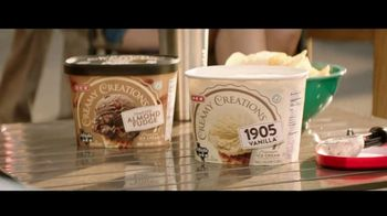 H-E-B Creamy Creations Ice Cream TV Spot, 'It's Different Here in Texas' - Thumbnail 7