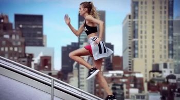 Victoria's Secret Biggest Fall Sale Ever TV Spot, 'All Sport' - Thumbnail 8