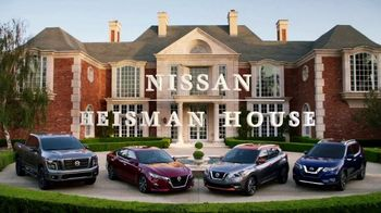 Nissan TV Spot, 'Heisman House: Signs' Featuring Tim Tebow, Derrick Henry, Herschel Walker [T1] - Thumbnail 1