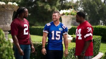 Nissan TV Spot, 'Heisman House: Signs' Featuring Tim Tebow, Derrick Henry, Herschel Walker [T1] - Thumbnail 9