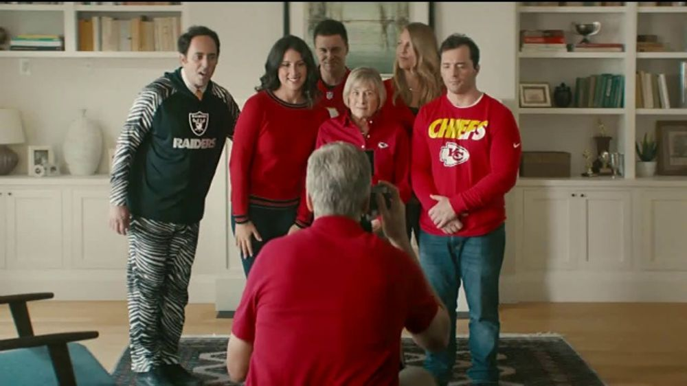 best service 9ee96 f33ee NFL Shop TV Commercial, 'Awkward Family Photo' - Video
