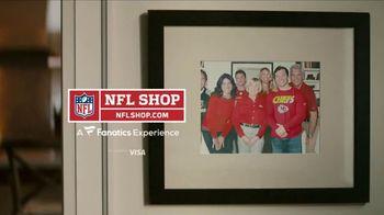 NFL Shop TV Spot, 'Awkward Family Photo' - Thumbnail 10