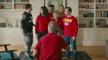 NFL Shop TV Spot, 'Awkward Family Photo' - Thumbnail 2