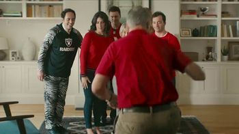 NFL Shop TV Spot, 'Awkward Family Photo' - Thumbnail 6
