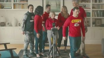 NFL Shop TV Spot, 'Awkward Family Photo' - Thumbnail 8