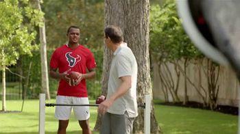 H-E-B Texas Tough TV Spot, 'Houston Texans' Featuring Deshaun Watson - Thumbnail 8