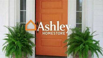 Ashley HomeStore Columbus Day Sale Extended TV Spot, 'Mane + Mason' - Thumbnail 1