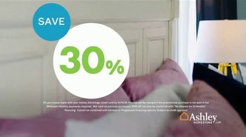 Ashley HomeStore Columbus Day Sale Extended TV Spot, 'Mane + Mason' - Thumbnail 6