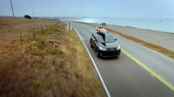 2018 Toyota Highlander TV Spot, 'Once-in-a-Lifetime Roadtrip' [T2]