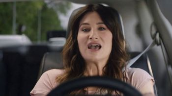 2018 Chrysler Pacifica TV Spot, 'Shallow Thoughts' Featuring Kathryn Hahn, Song by Gary Wright [T2] - Thumbnail 2