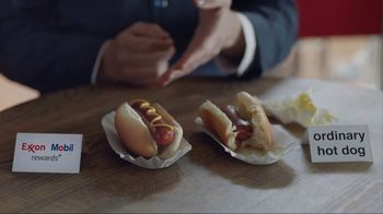Exxon Mobil Rewards+ TV Spot, 'Hot Dogs'