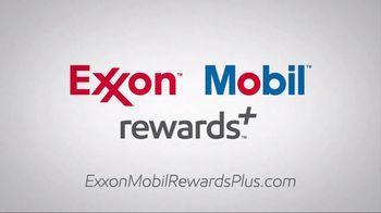Exxon Mobil Rewards+ TV Spot, 'Hot Dogs' - Thumbnail 9