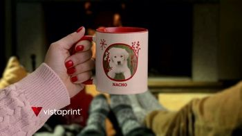 Vistaprint Holiday Cards & Wall Calendars TV Spot, 'Holiday Cheer: Photo Gifts' - Thumbnail 2