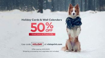 Vistaprint Holiday Cards & Wall Calendars TV Spot, 'Holiday Cheer: Photo Gifts' - Thumbnail 8