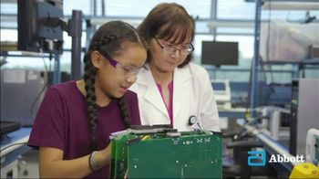 Abbott TV Spot, 'Young Girls in Science and Technology' - Thumbnail 7