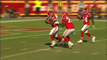 GEICO TV Spot, 'CBS Sports: Play of the Day: KC Chiefs' - Thumbnail 5