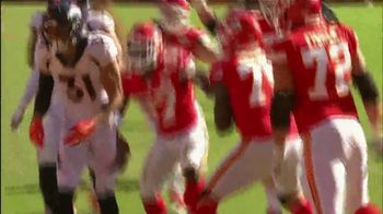GEICO TV Spot, 'CBS Sports: Play of the Day: KC Chiefs' - Thumbnail 6