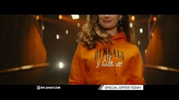 NFL Shop TV Spot, 'Gearing Up: Special Offer' - Thumbnail 5