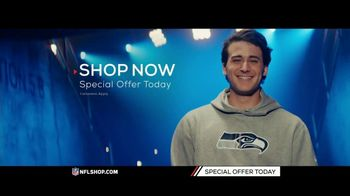 NFL Shop TV Spot, 'Gearing Up: Special Offer' - Thumbnail 9
