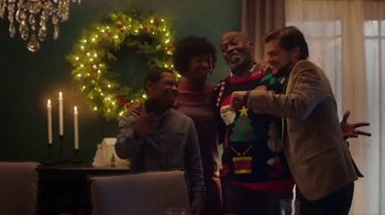 IKEA TV Spot, 'Holidays: What Makes Us Great' Song by Earthman - Thumbnail 6