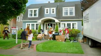 Quicken Loans Rocket Mortgage TV Spot, 'Mascots Do It the Right Way: Count on Us' - Thumbnail 9