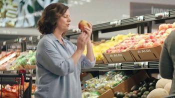 ALDI Garden Salad Mix TV Spot, 'Tricks' - Thumbnail 4