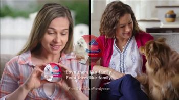 Blue Buffalo Divine Delights TV Spot, 'BLUE vs. Cesar' - Thumbnail 10