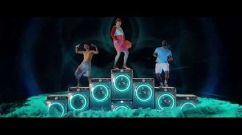 Downy Unstopables TV Spot, 'Still Fresh' Song by Black Box - Thumbnail 9