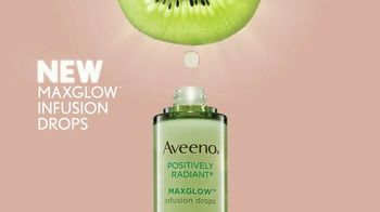 Aveeno MaxGlow Infusion Drops TV Spot, 'Glow to the Max' - Thumbnail 4
