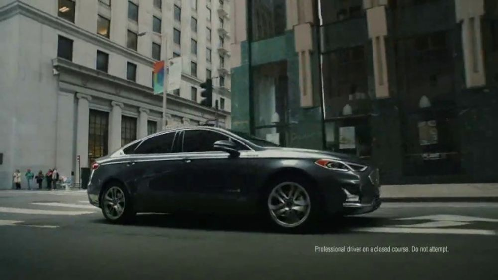 Ford SUV Season TV Commercial, 'Get a Ford: What You Want' Song by The Heavy [T2]