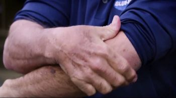 Blue-Emu Super Strength TV Spot, 'Big-Time Coverage' Featuring Johnny Bench - Thumbnail 6