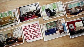 La-Z-Boy Factory Authorized Clearance TV Spot, 'Floor Samples & Closeouts' - Thumbnail 5