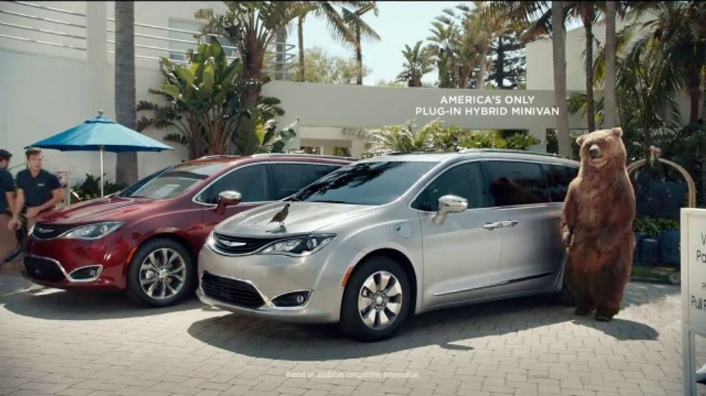 Chrysler Pacifica Plug-in Hybrid TV Commercial, 'Take It From Me' [T2]