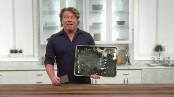 Copper Chef Diamond Bakeware TV Spot, 'Slides Right Off' Ft. Eric Theiss