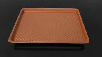 Copper Chef Diamond Bakeware TV Spot, 'Slides Right Off' Ft. Eric Theiss - Thumbnail 7