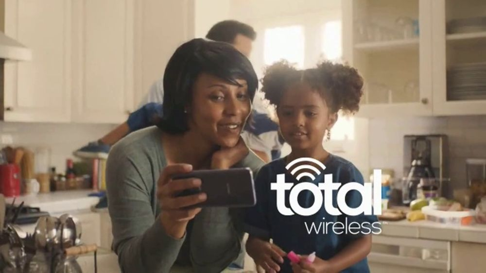 Total Wireless TV Commercial, 'It's Time to Move'